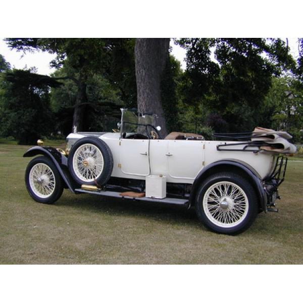 1926 Vauxhall Princeton oil painting
